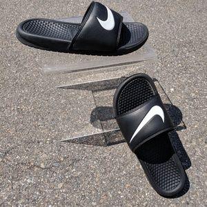 Nike slides size 8 men's size 11 women's